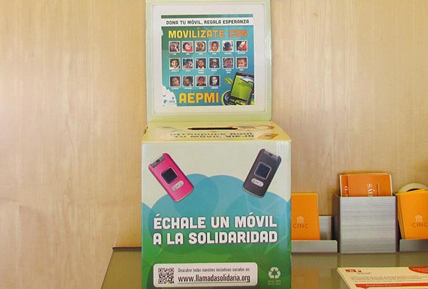 "Campaña solidaria ""Dona tu móvil, recoge esperanza"""