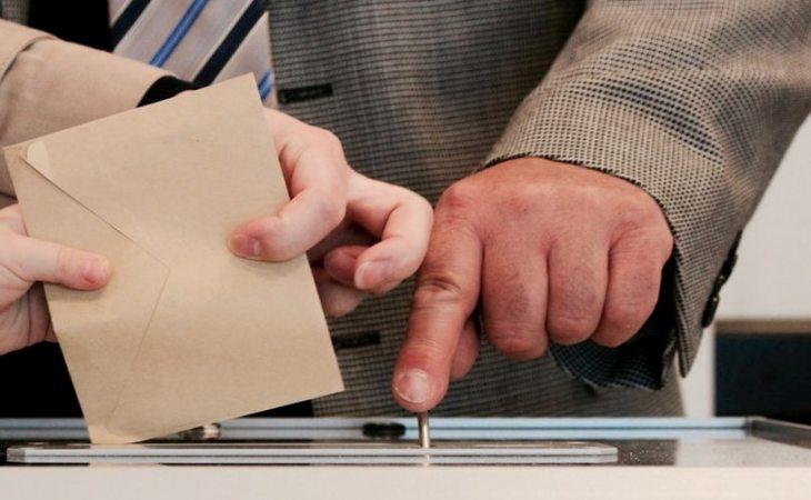 Elecciones en el Parlamento de Cataluña: permisos para votar en un día laborable